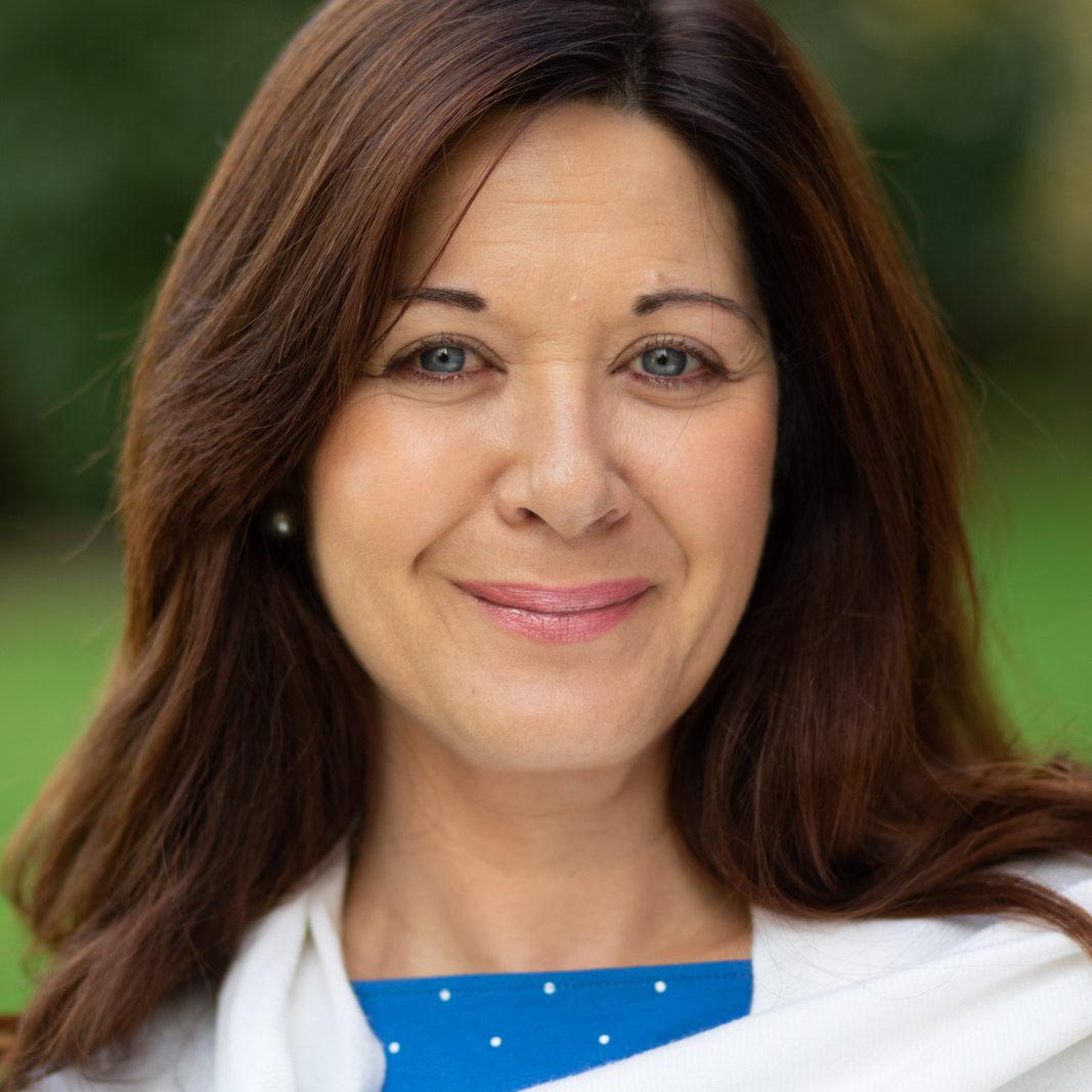 Lynda Profile Photo
